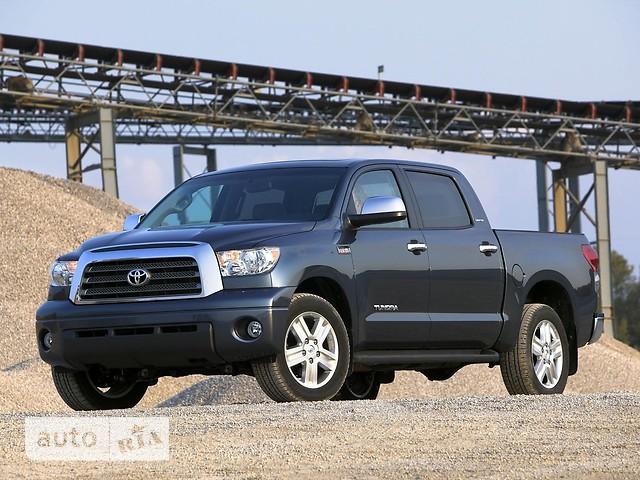 Toyota Tundra фото 1