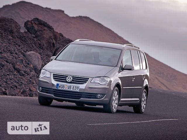 Volkswagen Touran фото 1