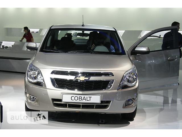 Chevrolet Cobalt фото 1