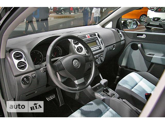 Volkswagen Golf  5D фото 1