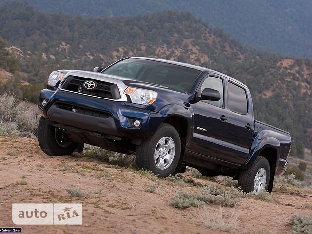 Toyota Tacoma фото 1