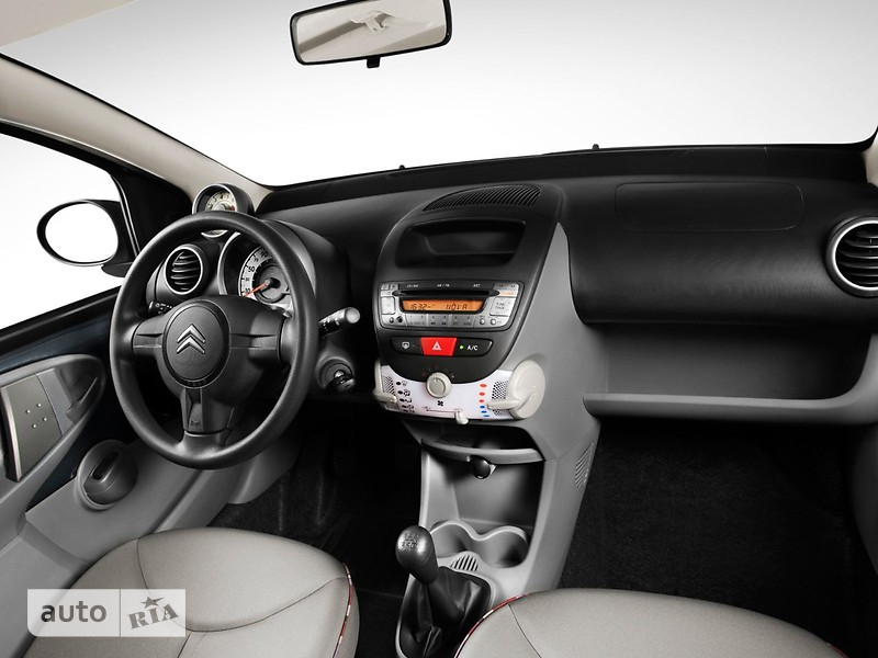 Citroen C1 Hatchback (3d) фото 1