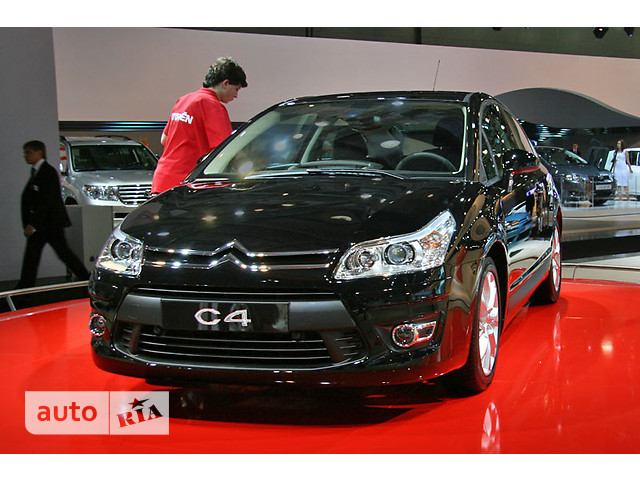 Citroen C4 Hatchback фото 1