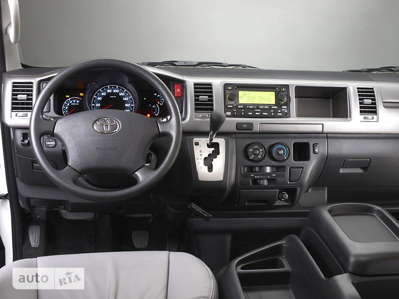 Toyota Hiace пасс. фото 1