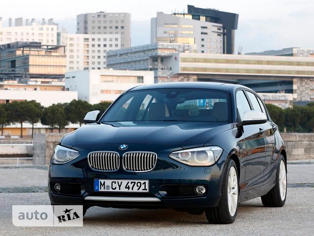 BMW 1 Series 5D фото 1