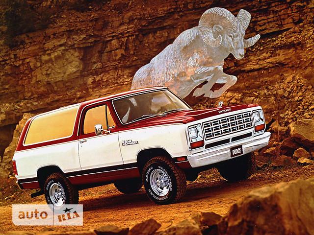 Dodge Ramcharger фото 1