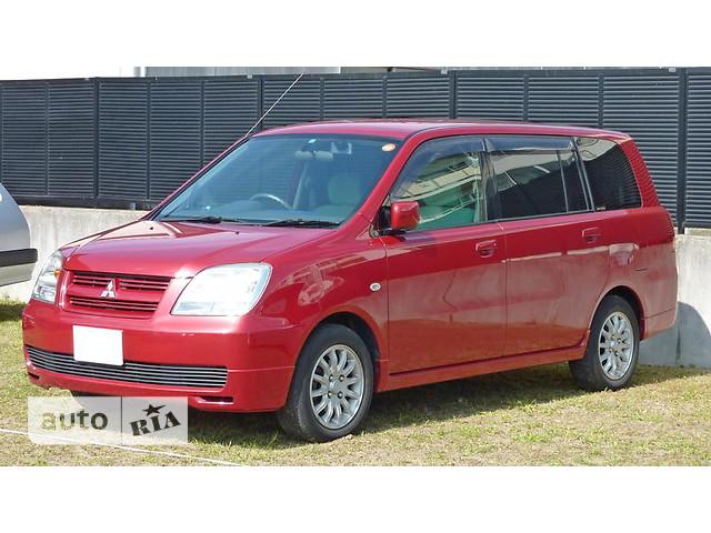 Mitsubishi Dion фото 1