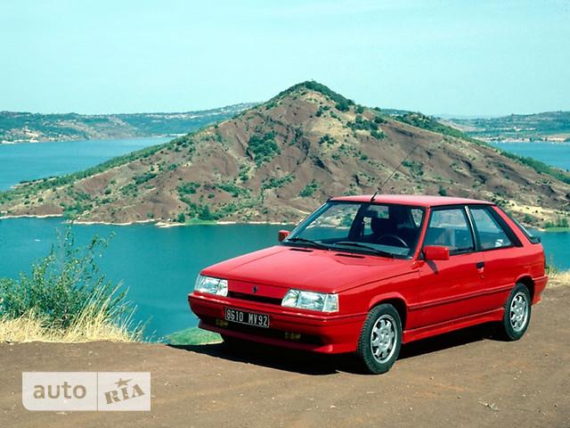 Renault 11 фото 1