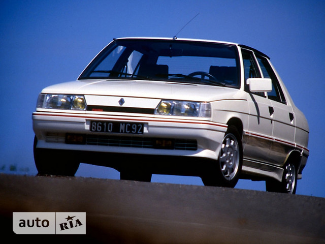 Renault 9 фото 1