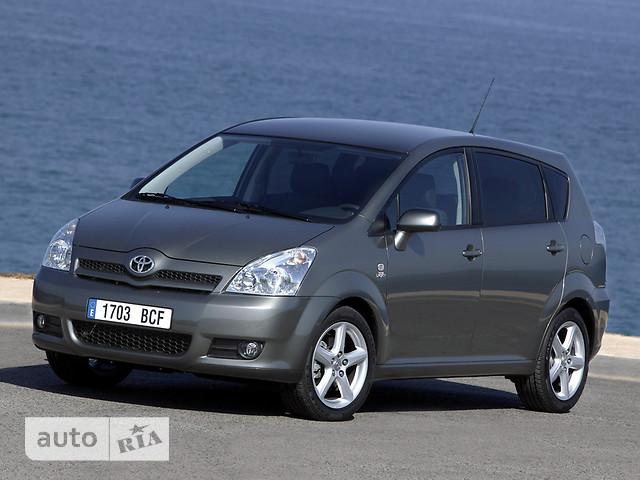 Toyota Corolla Verso фото 1
