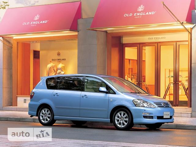 Toyota Ipsum фото 1