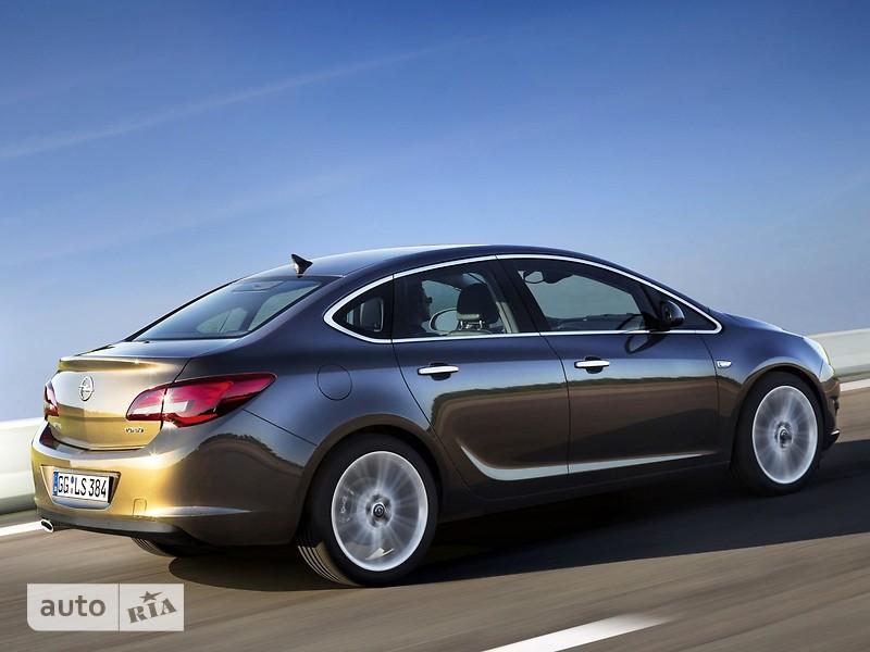 Opel Astra J фото 1
