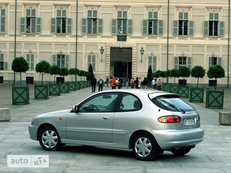 Daewoo Lanos Hatchback фото 1