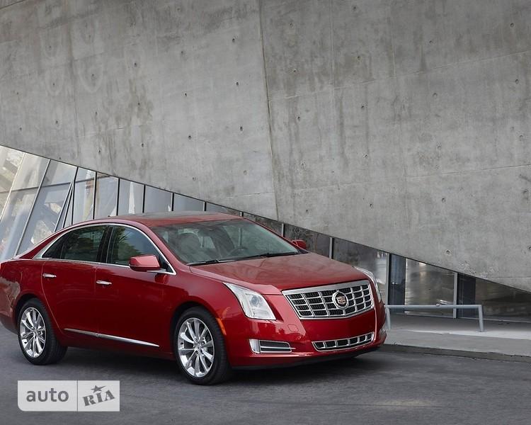 Cadillac XTS фото 1