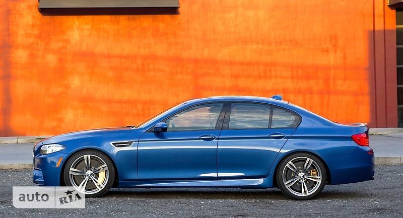 BMW M5 фото 1