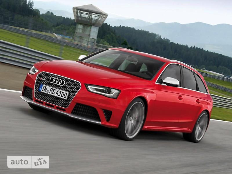 Audi RS 4 Avant фото 1