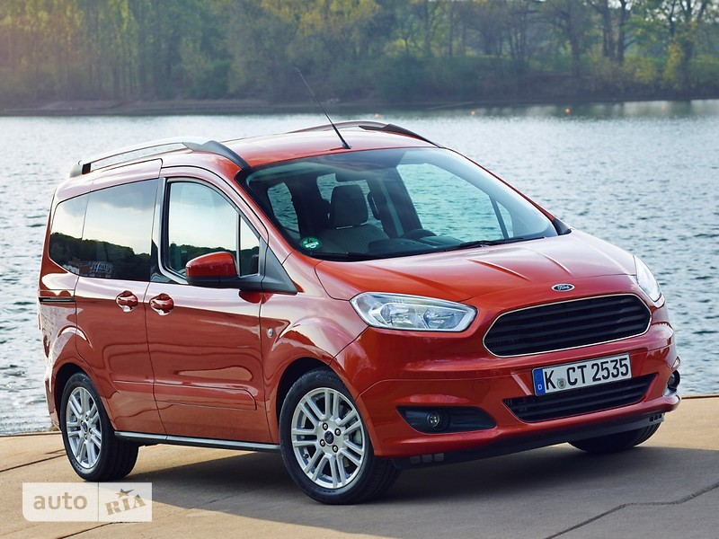 Ford Tourneo Courier фото 1