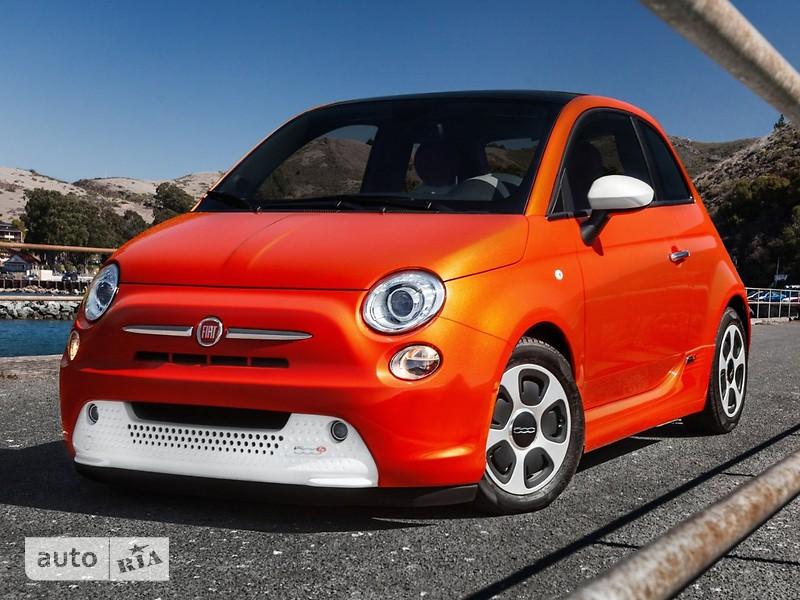 Fiat 500 E фото 1
