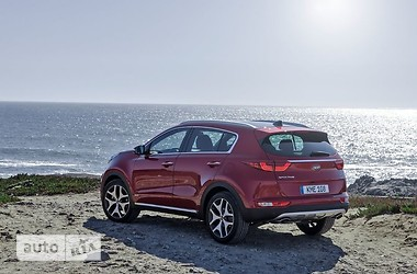 Kia Sportage New 1.7D MT
