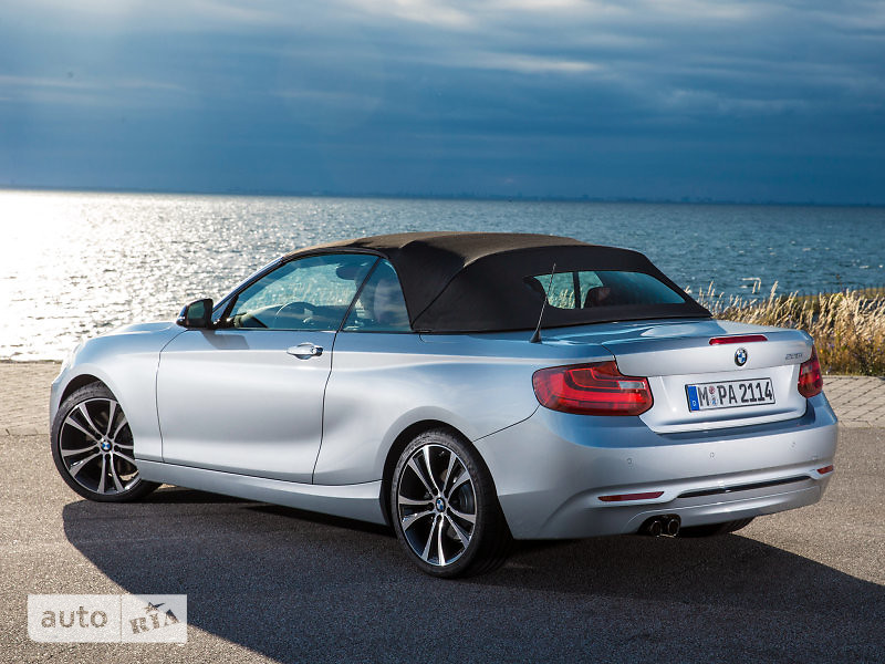 BMW 2 Series M240i AT (340 л.с.) xDrive base