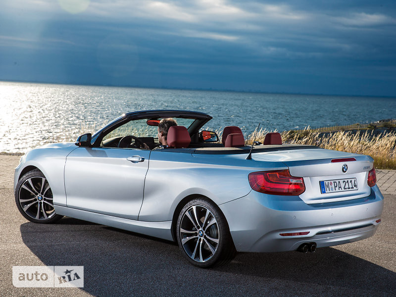 BMW 2 Series M240i AT (340 л.с.) xDrive base
