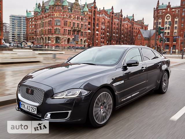 Jaguar XJ 3.0 AT (340 л.с.) SWB AWD Premium Luxury