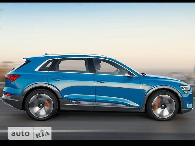 Audi e-tron фото 1