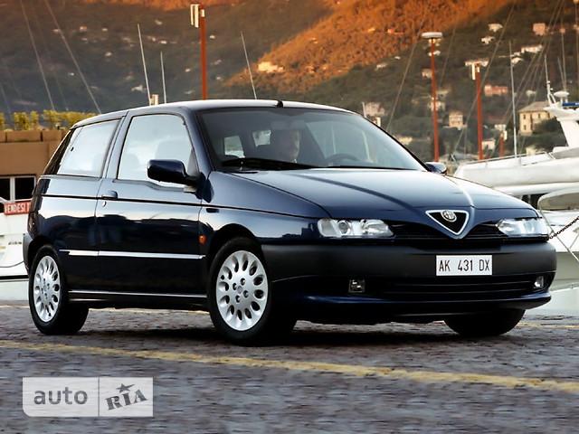 Alfa Romeo 145 фото 1