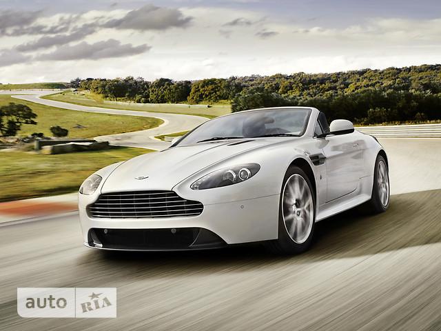 Aston Martin V8 Vantage фото 1