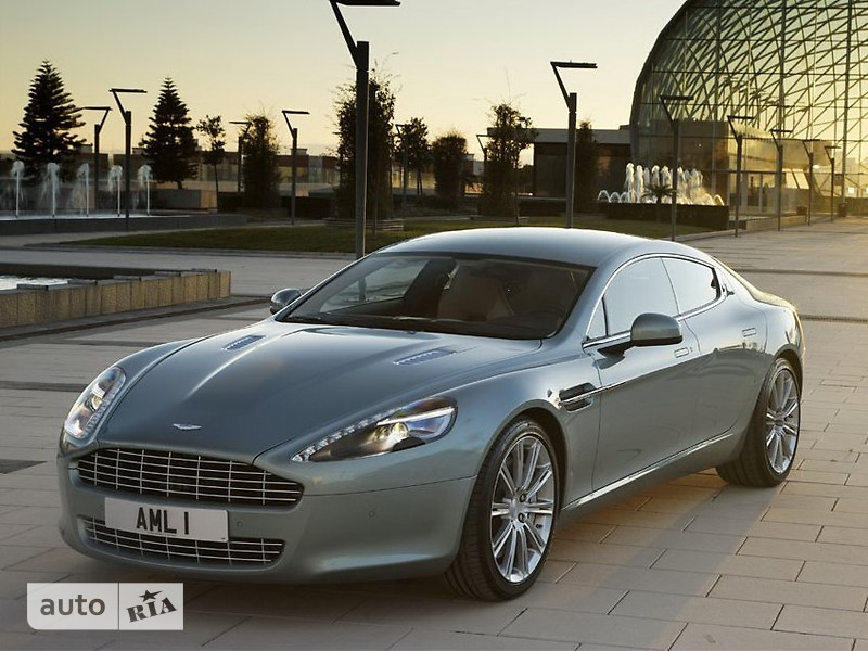 Aston Martin Rapide фото 1