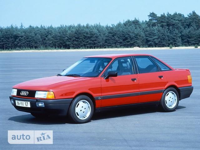 Audi 80 фото 1