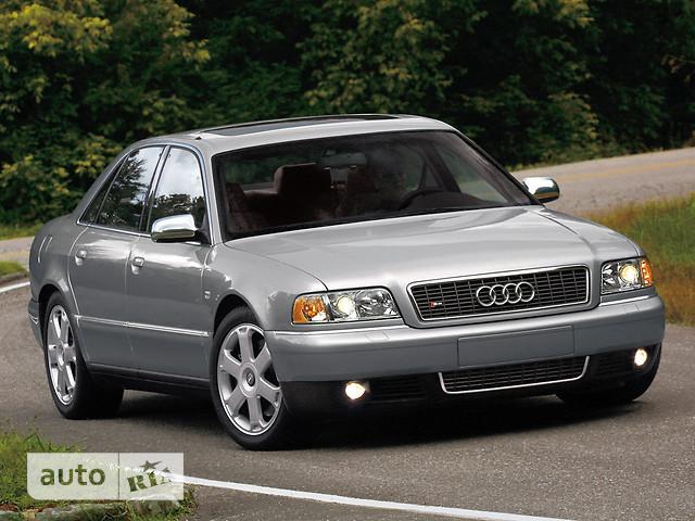 Audi S8 фото 1