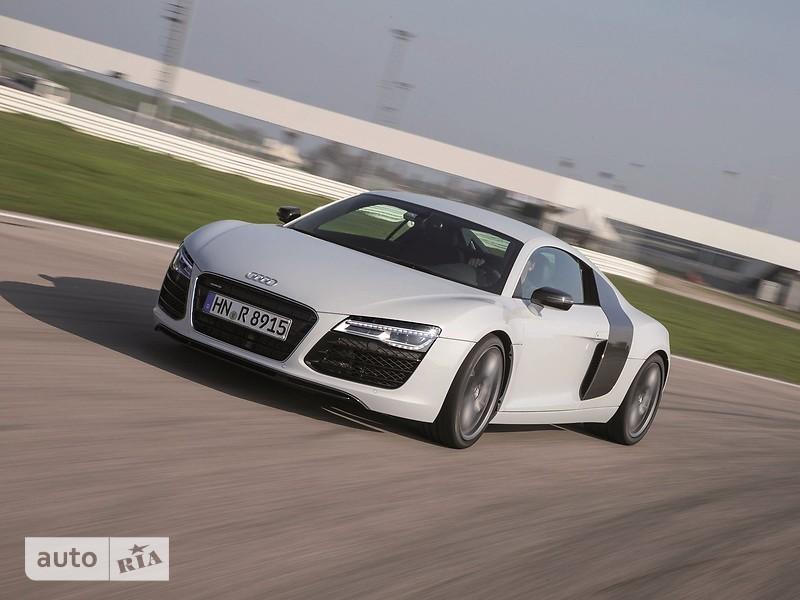 Audi R8 фото 1