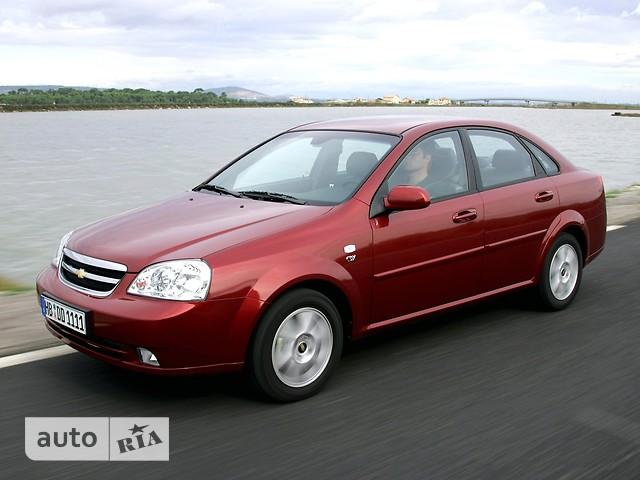 Chevrolet Lacetti фото 1