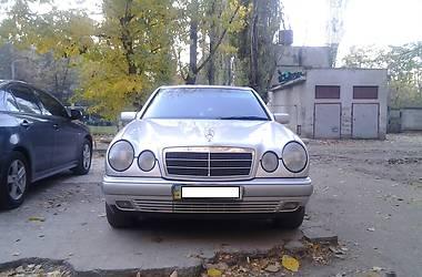 Mercedes-Benz 210 V6 4MATIC 1996