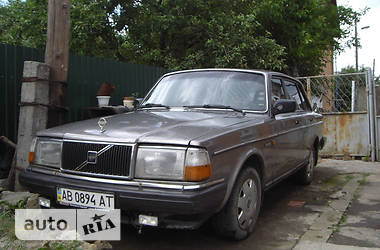 Volvo 240 1987