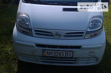 Nissan Primastar пасс. 2005