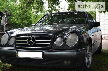 Mercedes-Benz E-Class Elegance 1995