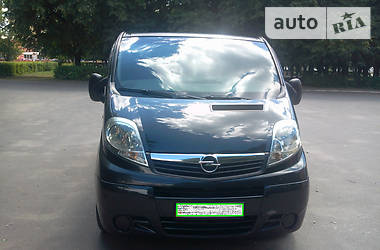 Opel Vivaro пасс. 2.0 CDTI 2008