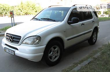 Mercedes-Benz ML 270 2.7 CDI 2000