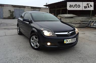 Opel Astra H Coupe 2008