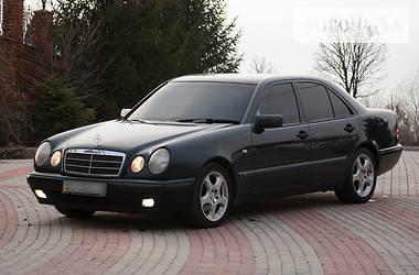Mercedes-Benz 230 1997
