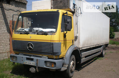 Mercedes-Benz 1827 1994