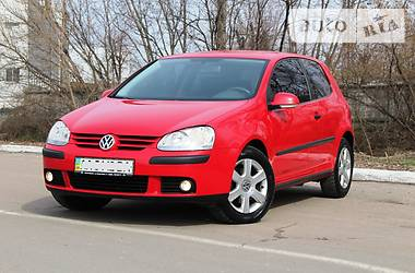 Volkswagen Golf V 1.6 2005