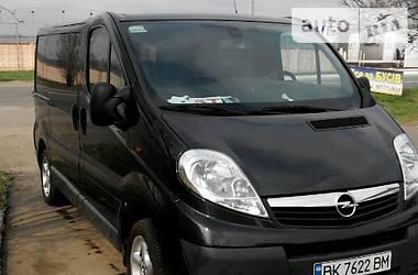 Opel Vivaro пасс. full comfort 2011