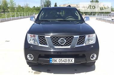 Nissan Pathfinder LE+ 2006