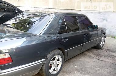 Mercedes-Benz E-Class W124 220 1995