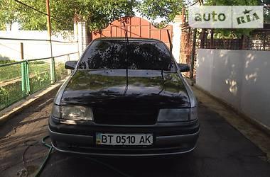 Opel Vectra A 2.5i automat 1992