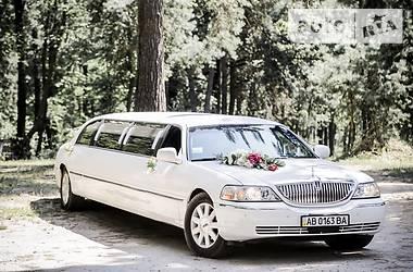 Lincoln Town Car 2003