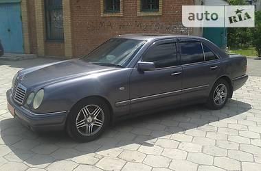 Mercedes-Benz 230 1996